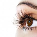 How to Grow Eyelashes Naturally?