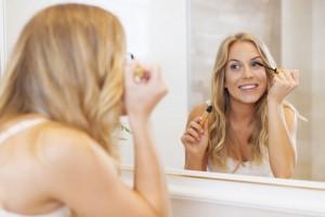 careprost for eyelash growth