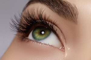 grow long eye lashes