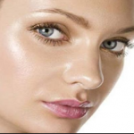 6 Common Causes of Oily Skin