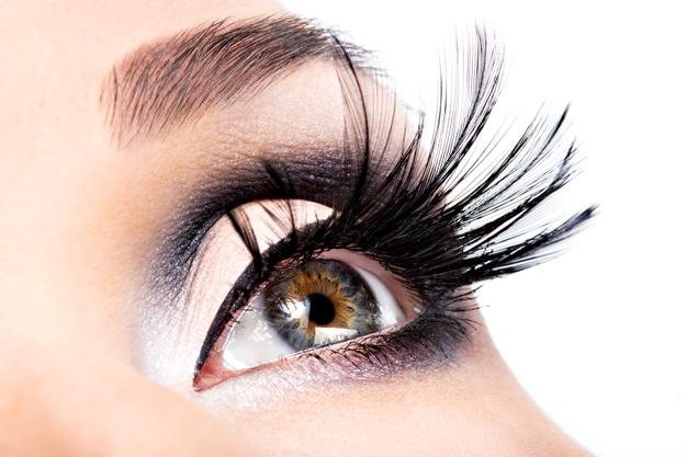 Ways to Grow Beautiful & Longer Eyelashes